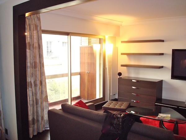 monticelli 2 pi ces louer en courte dur e marseille l 39 agence de marseille. Black Bedroom Furniture Sets. Home Design Ideas