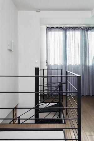 la marine duplex moderne pour 4 louer sur le vieux port marseille l 39 agence de marseille. Black Bedroom Furniture Sets. Home Design Ideas