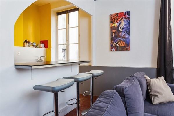 Estienne DOrves   Appartement  Pices  Louer Meubl  Marseille