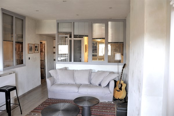Le vieux port charmant appartement de 2 pi ces refait for Location meuble marseille